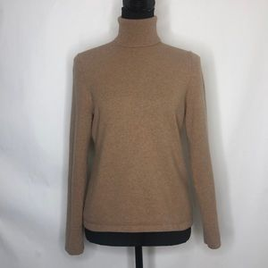 Lord & Taylor woman's turtle neck cashmere sweater